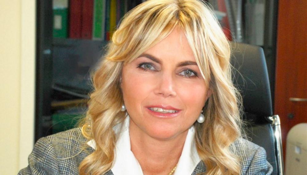 La Prof.ssa Susanna Esposito, Presidente ABM, in campo per i bambini terremotati