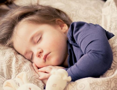 Il 30% dei bambini fino a 3 anni soffre di disturbi del sonno: russamento, sonnambulismo, sindrome delle gambe senza riposo al centro del Congresso di Antibioticoterapia
